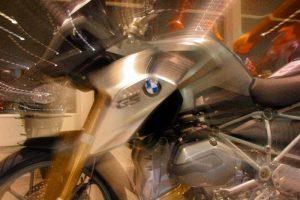 BMW-R-1200-GS-flash