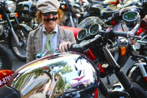 dama-bigote-distinguished-gentelmans-ride-madrid-16