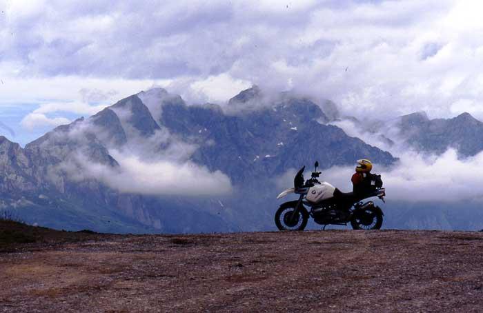 Viajes en moto por el Cantábrico y Picos de Europa
