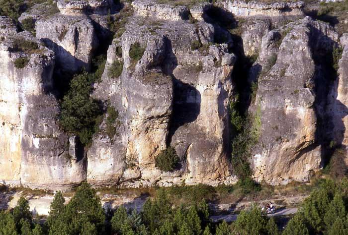 Cuenca en moto gustavo cuervo - Casas rurales nacimiento rio cuervo ...