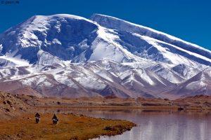 Muzagata-Karakorum-High-way