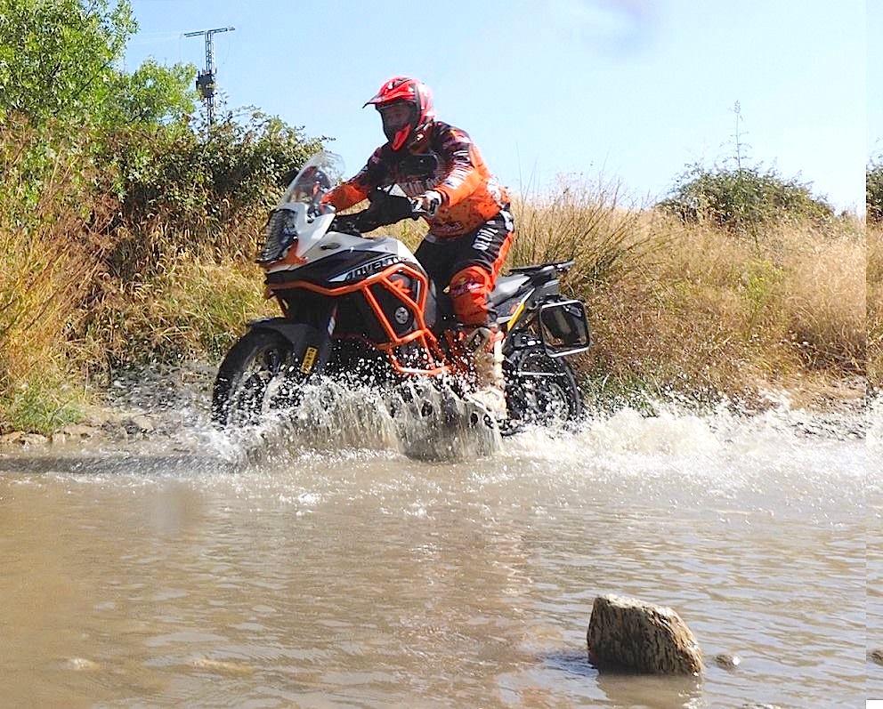 Viajes en moto por Kenia